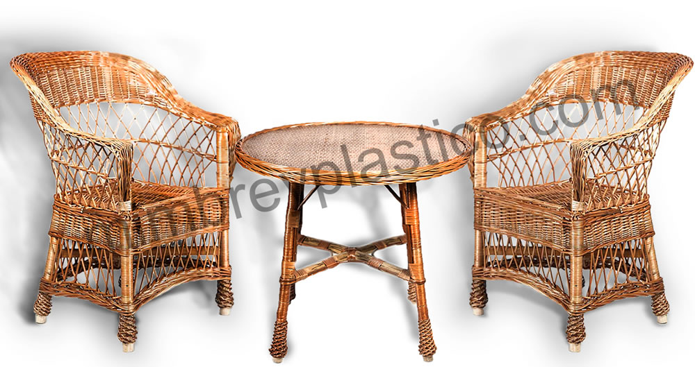 Terraza de mimbre de sillas y mesas en mimplas artesania for Sillas de plastico para terraza