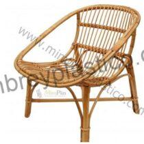 sillón de caña modelo huevo